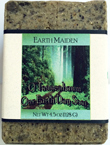 O'tannenbaum Hemp Soap by Earth Maiden is a cozy blend of fir needle, spruce, frankincense and cedar in an intensely moisturizing soap.